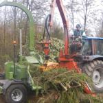 Тракторный барабанный измельчитель веток PTH 400 (автономный)